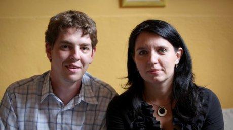 A tanár-közgazdász házaspár a filmből